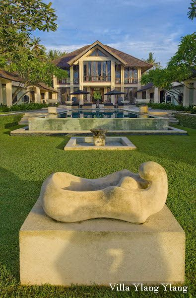 Villa The Ylang Ylang - Sanur Ketewel - 6 Bedrooms - Surrounding : Beachfront  http://www.beyondvillas.com/villa-for-wedding/40/the-ylang-ylang