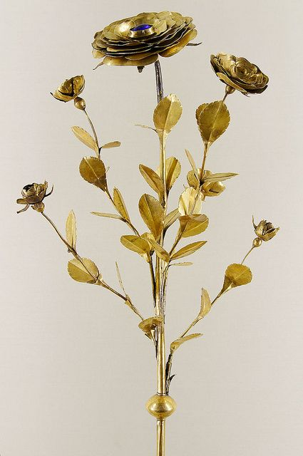 Papal Golden rose. A fourteenth- century golden rose commissioned by Pope John XXII. Cluny Museum, Paris