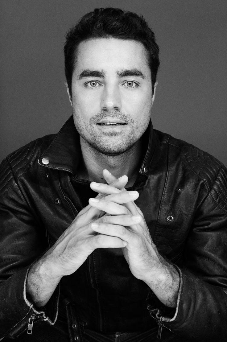 Ricardo Pereira  Portuguese actor - ATUA NO BRASIL TAMBÉM; BOM ATOR E REALMENTE LINDO!