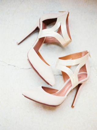 Stylish cream colored wedding shoes | Kate Weinstein Photo | see more on: http://burnettsboards.com/2014/09/timeless-elegant-snowy-winter-wedding/