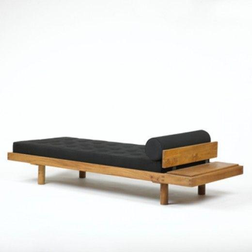 1000 ideas about corbusier liege on pinterest bauhaus for Le corbusier meuble
