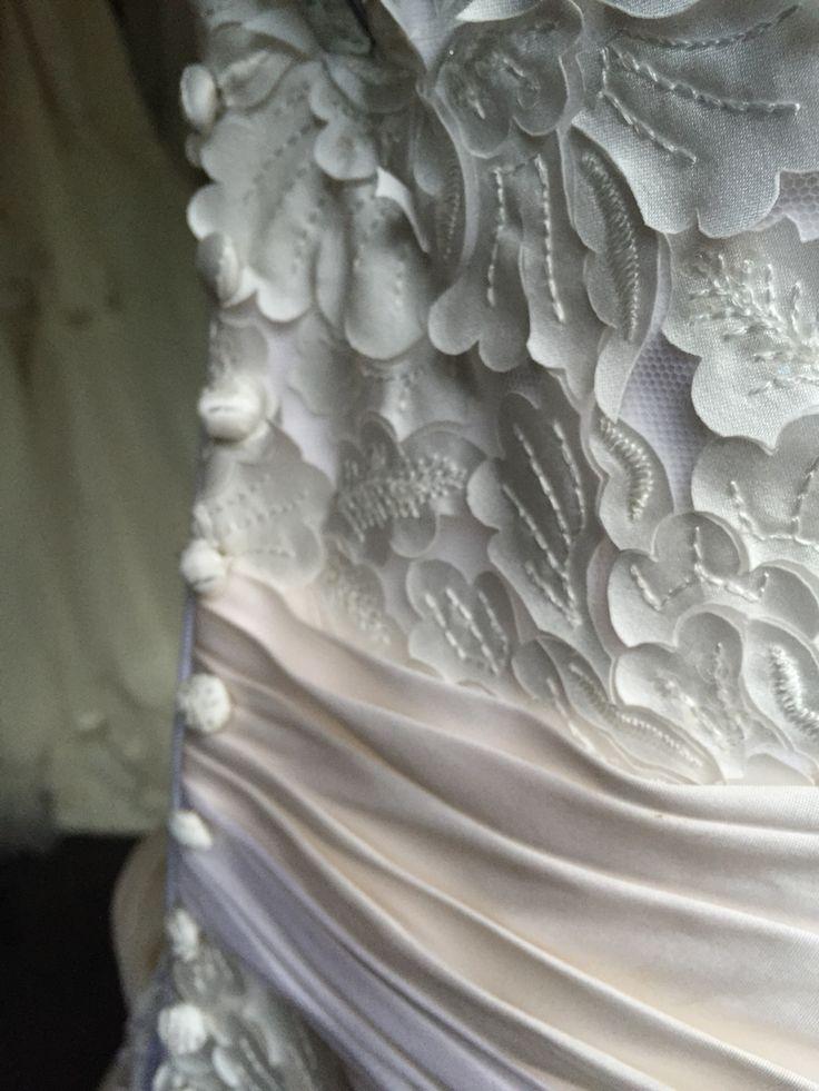 Up close ❤️ www.devarga.com.au  #wedding #weddingfashion #weddinggown #weddingdress #inspiration #weddinginspiration #bespoke #couture #elizabethdevarga #handmade #unique #Australia #australianwedding #AustralianDesigner #AustralianMade #Lace #magic