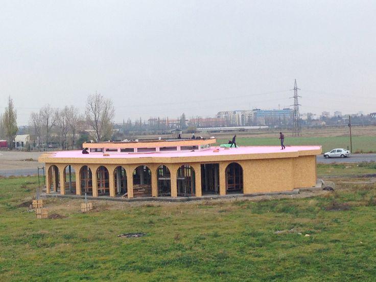 Hidroizolatii Profesionale Romania - Restaurant Buzau_1 http://hidroizolatiiromania.ro/portfolio/hidroizolatie-acoperis-terasa-restaurant-buzau/