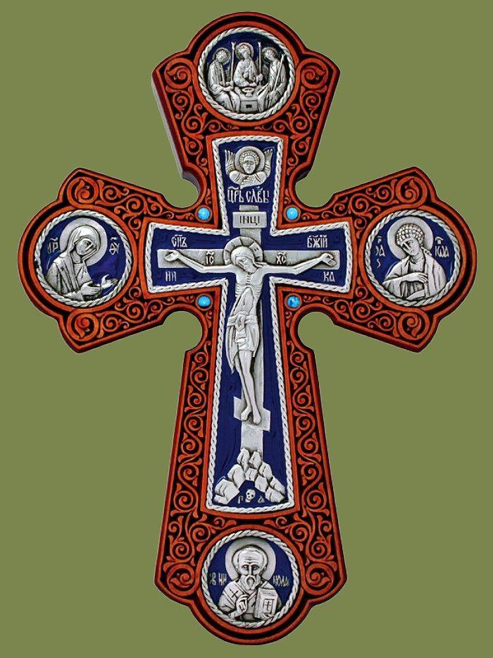 Крест настенный, серебрение, стразы, эмаль, клен, высота 220 мм. Артикул 17142-1.