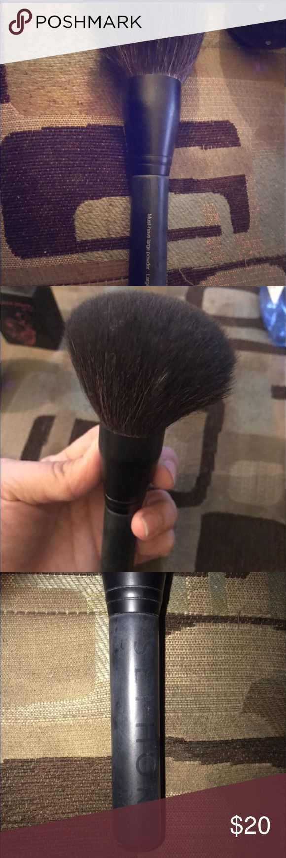 Sephora Must Have Powder Brush Practically new Sephora Makeup Brushes & Tools