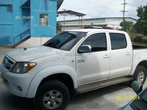 Toyota Hilux 2008 Panamá | Excelente Hilux 3.0 2008 impecable 4X4, air bags etc..