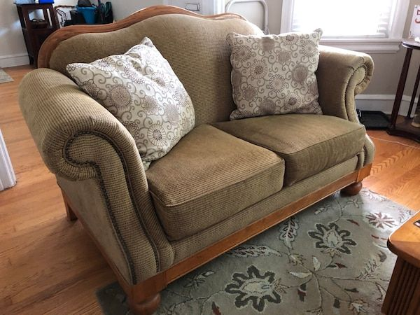 Sold Raymour Flanigan Sofa Loveseat In New Castle Loveseat Sofa