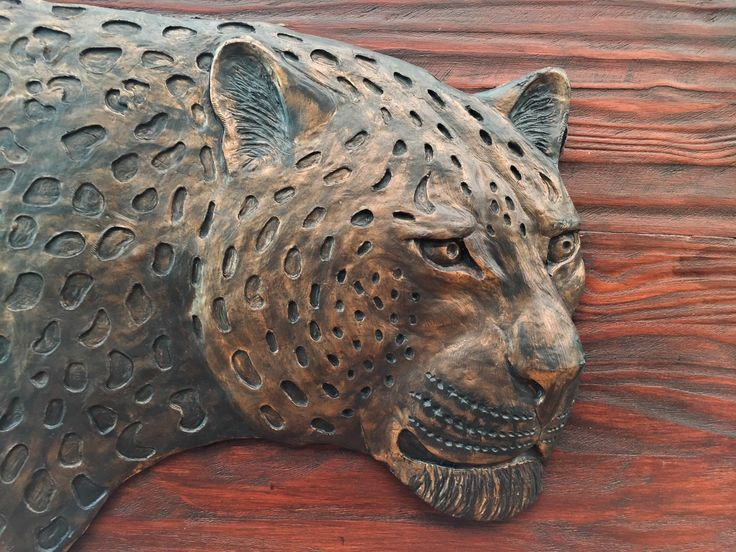 Leopard Head Sculpture. Wall Hanging. Hand Crafted. Wooden Frame: 1140x790mm Leopard Head M1 sculpture casting agent and stained wood.www.Goodieshub.com