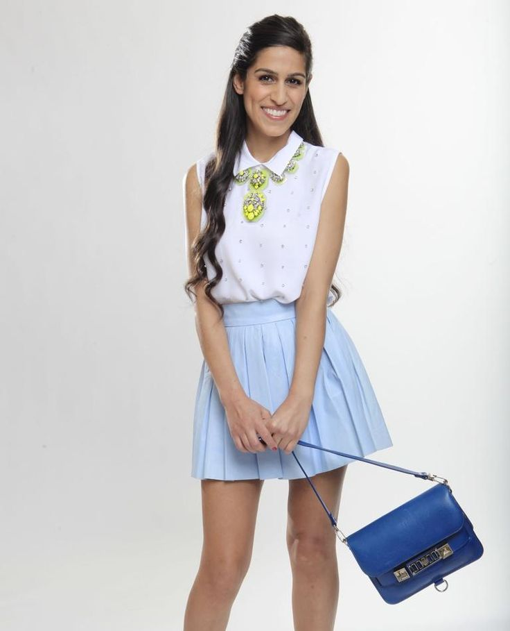 Deputy Fashion Editor Anahita Moussavian Carries Off Her No 1 Pick For Summer Bags The Proenza