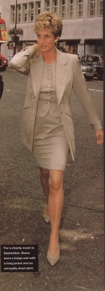 Princess Diana....Uploaded By www.1stand2ndtimearound.etsy.com