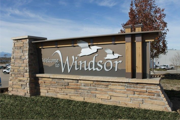 Custom Signs, Monument Sign, Church Signs, Business Signs, Channel Letter, Retail Signs, School Signs, Custom Neon Signs, Commercial Signs, Restaurant Signs, Custom Restaurant Signs, Exterior Signs, Custom Exterior Signs, Interior Signs, EMC