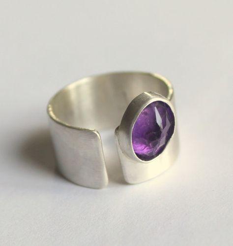 Primavera púrpura Pansy anillo amatista plata joya por meltemsem