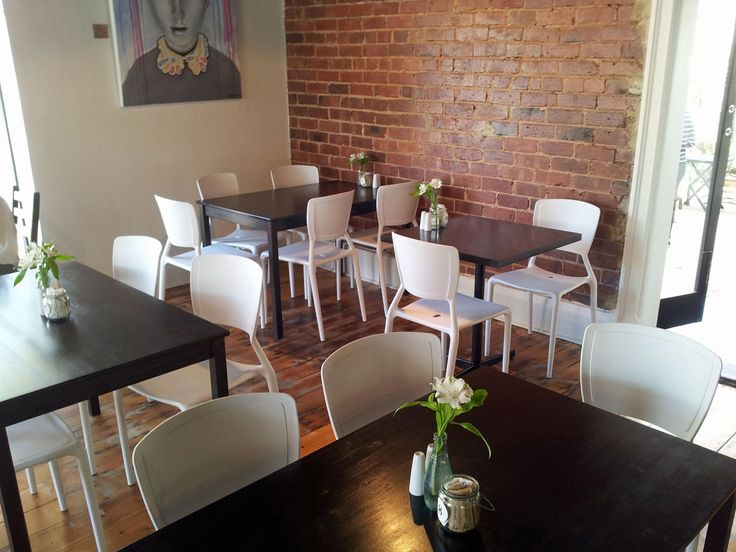 Corner Store Cafe– Dulwich | Concept Collections | Yoko Chair in White