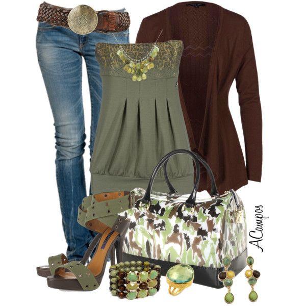 combinación de saco, remera y pantalón (azul-verde-marrón)
