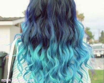 Mechas californianas azul claro