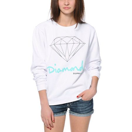 Keep your look fresh in brilliant style with the OG Script White crew neck sweatshirt from Diamond Supply Co. This pullover sweatshirt for women is made with a boyfriend fit and a thick cotton poly blended construction with a soft fleece lining for maximu