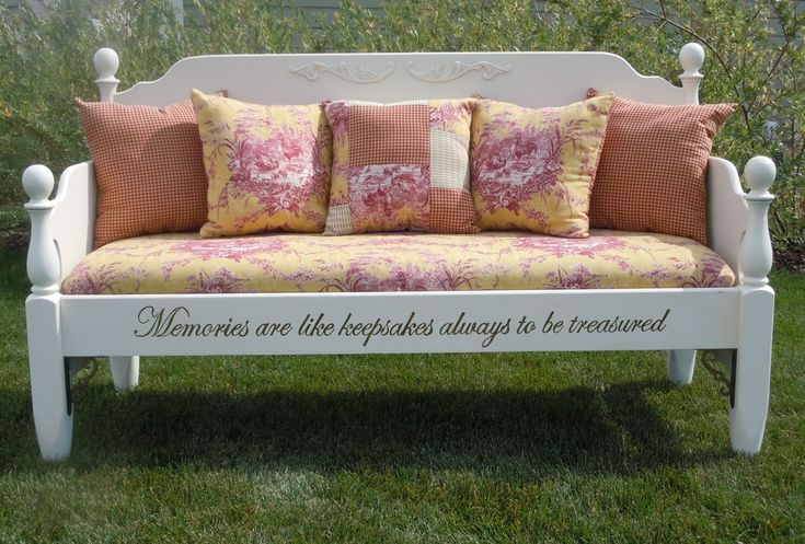 Love this idea made from an old bed. Great bench!