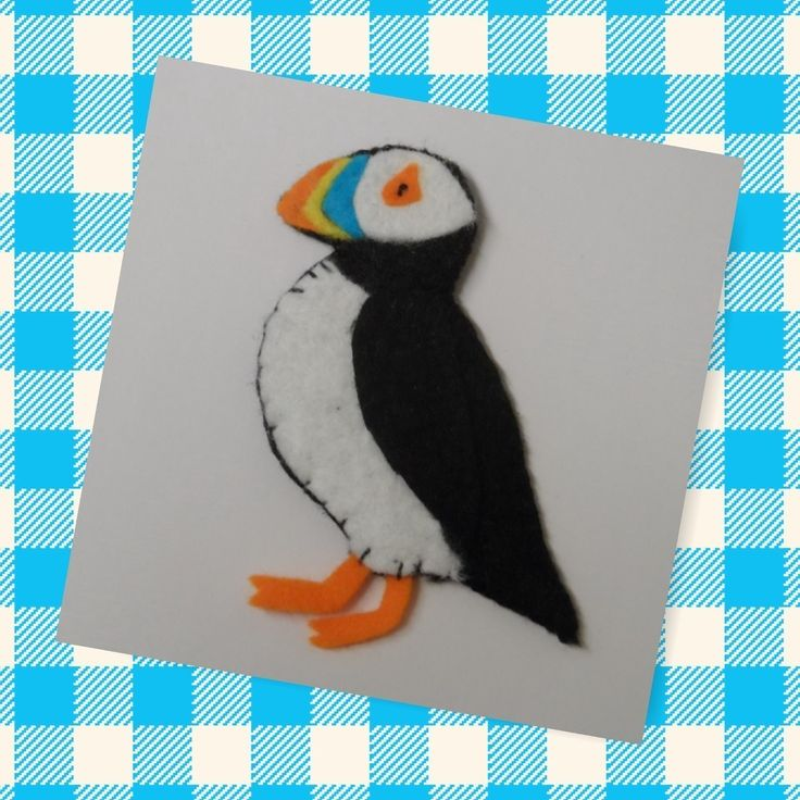 Felt Puffin • Free tutorial with pictures on how to make a bird plushie in under 60 minutes