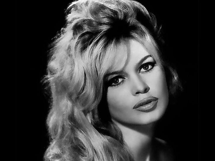 Brigitte Bardot Biography on Youtube | Brigitte Bardot ...