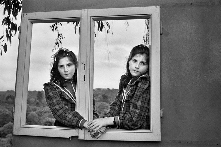 Cristina Garcia Rodero. SPAIN. Galicia. Amoeiro. Twins.