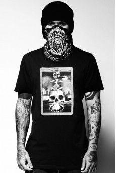Camiseta Duslok Tarot -   http://cincocincozero.com/camisetas-duslok/camiseta-masculina-duslok-dsl-10-0006-01