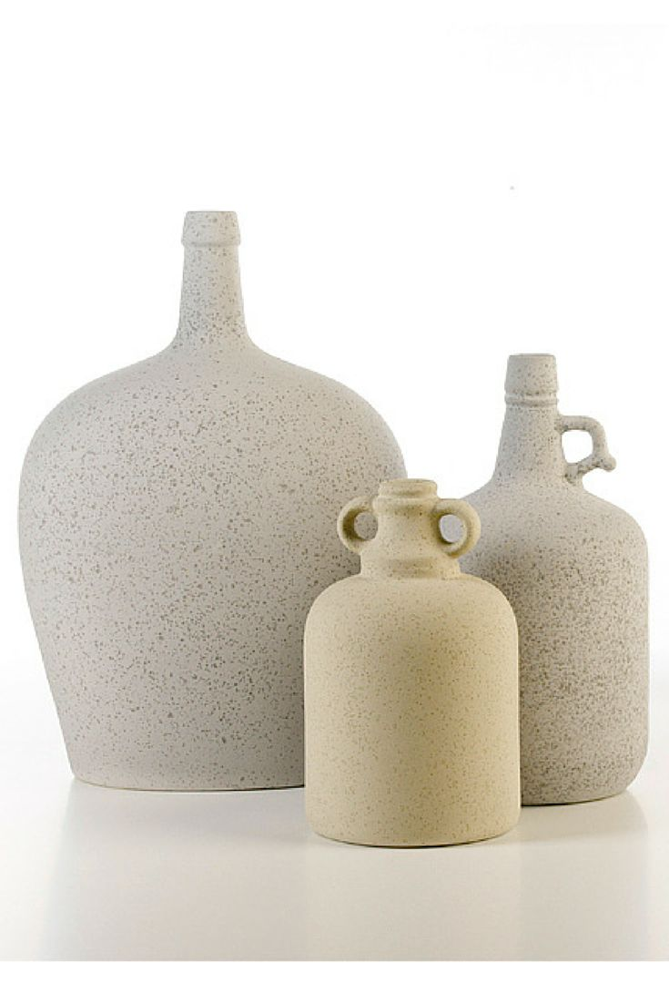 Povinho #ceramics #homelivingceramics #bigbottle #bottle #homeaccessories #interiordesign | www.arfaigm.com