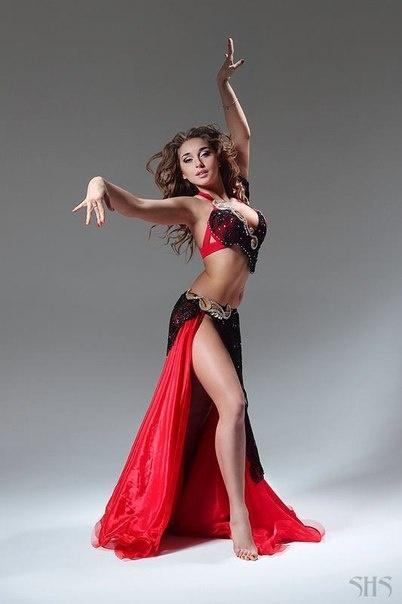 Bellydancer Anastasia Biserova | Bellydance | Belly dance ...