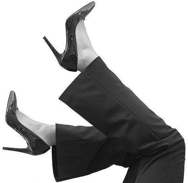 Black Sacha high heels by blogger Luxblog - Zwarte Sacha hoge hakken door blogster Luxblog