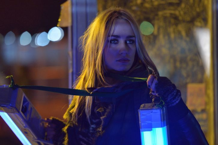 The Strain - Episode 1.08 - Creatures of the Night - ultraviolet hope