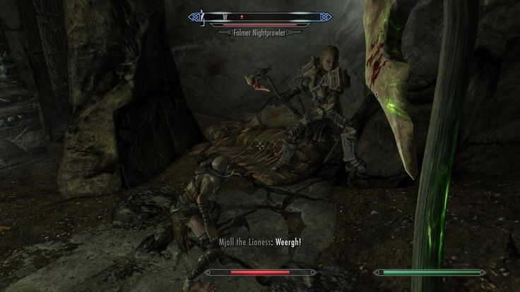Tiny Falmer I found in Nchual-Zend (Mjoll for size reference) #games #Skyrim #elderscrolls #BE3 #gaming #videogames #Concours #NGC