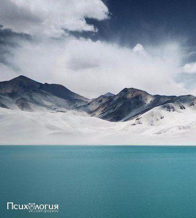 Когда тебе плохо - прислушайся к природе. Тишина мира успокаивает лучше, чем миллионы ненужных слов.