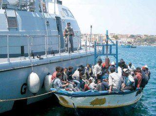 Sbarchi in Sicilia: la storia di una bimba nata in mare - See more at: http://www.resapubblica.it/it/cronaca/2755-sbarchi-in-sicilia-la-storia-di-una-bimba-nata-in-mare#sthash.k7IXn59D.dpuf