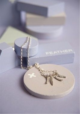 D_Luxe 'Four Feather Necklace'