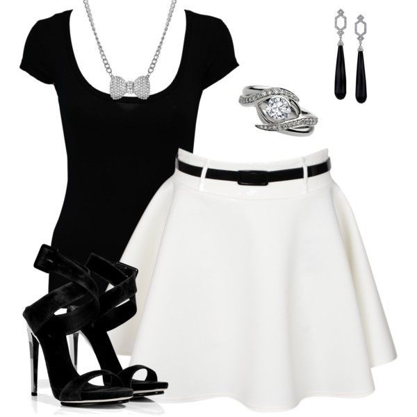 Like this black and white combination find more women fashion on http://www.misspool.com find more women fashion ideas on www.misspool.com