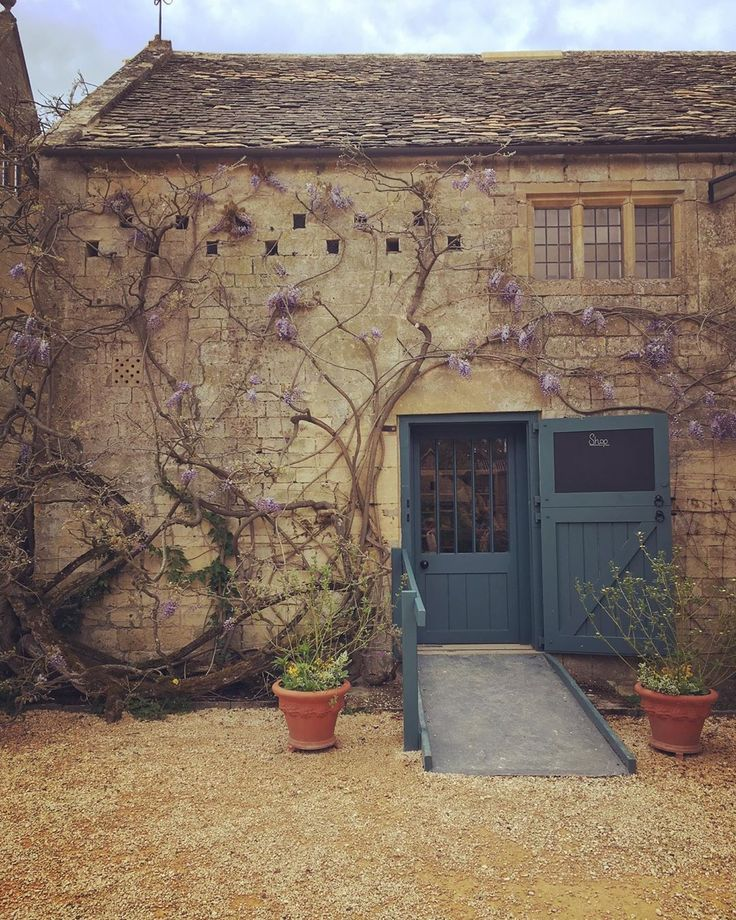 "Imperfect Interiors on Instagram: ""Cotswold stone and ..."