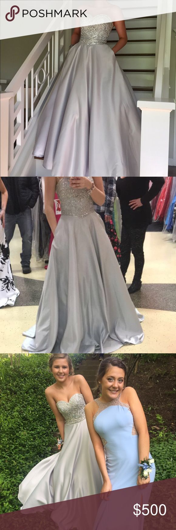 Prom dress Corset tie up on back. Silver. Ball gown. Dresses Prom