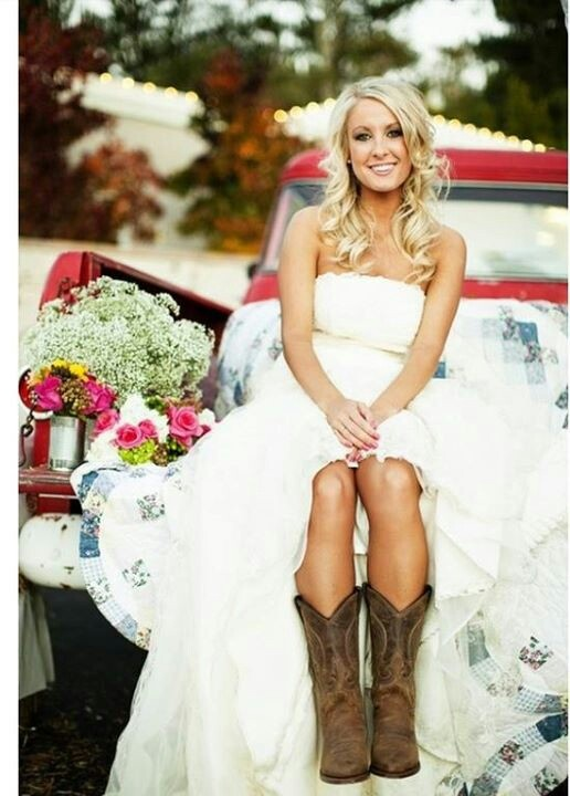 Wedding Dress Cow Boots I Love The Whole Picture With Quilt