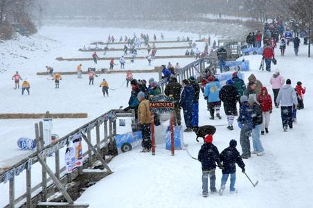 Fairport Ice Hockey Tournament on the Erie Canal   WONDERLAND!