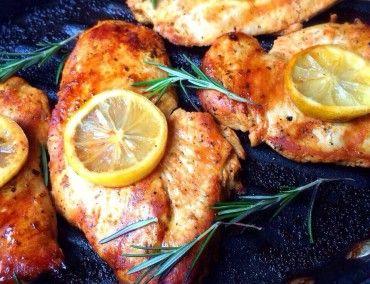 Rosemary Lemon Chicken: olive oil, oregano, garlic cloves, lemon, paprika, rosemary || HealthyFitnessMeals.com