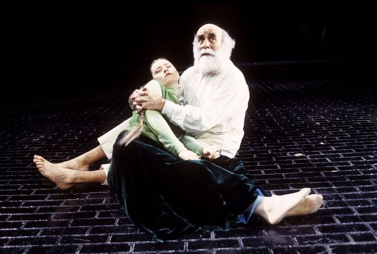 Warren Mitchell – in pictures