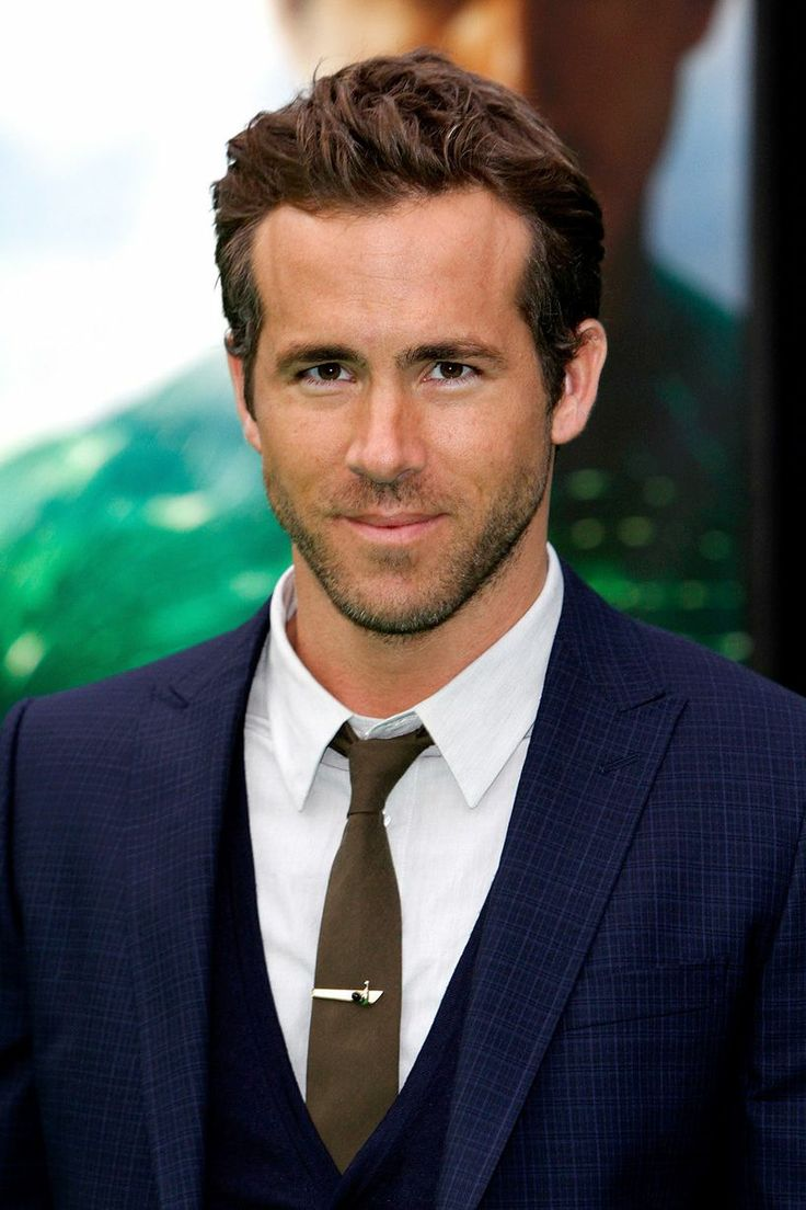 Ryan Reynolds wins my vote for best hair cut award