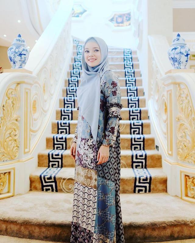 Tutorial Hijab Dewi Sandra Di Iklan Wardah Blog Lif Co Id