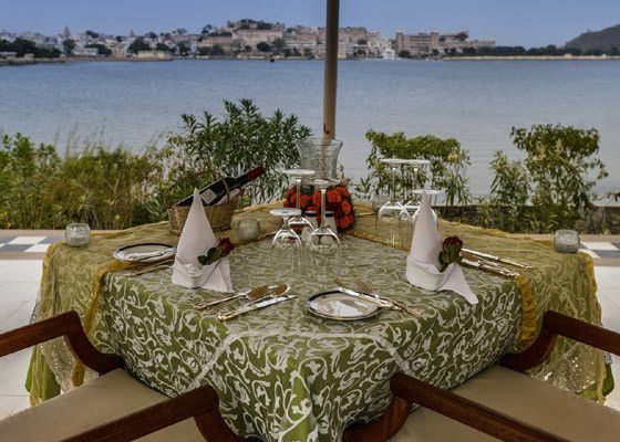 Lunch on Lake Pichola