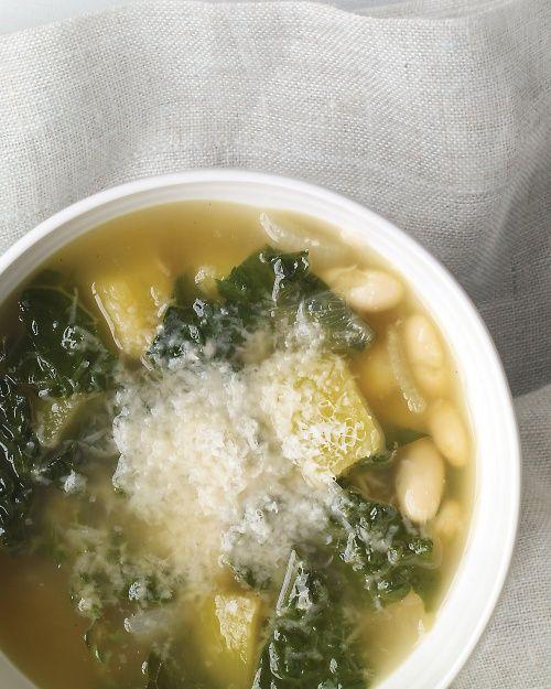 Winter Vegetable Soup - A one-pot soup starring everyone's favorite winter veg: Kale!