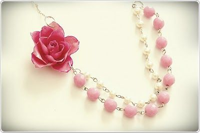 Pretty!: Rose Necklace, Jewelry Tutorials, Bridesmaid Necklaces, Jewelry Necklaces, Tutorials Jewelry, Roses, Necklace Tutorial