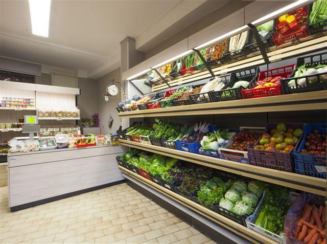 71 best arredo frutta e verdura images on pinterest - Idee Arredamento Negozio Frutta E Verdura
