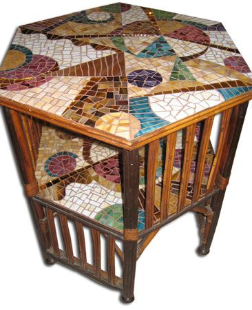 Best 25 mosaic furniture ideas on pinterest mosaic art for Mosaic coffee table designs