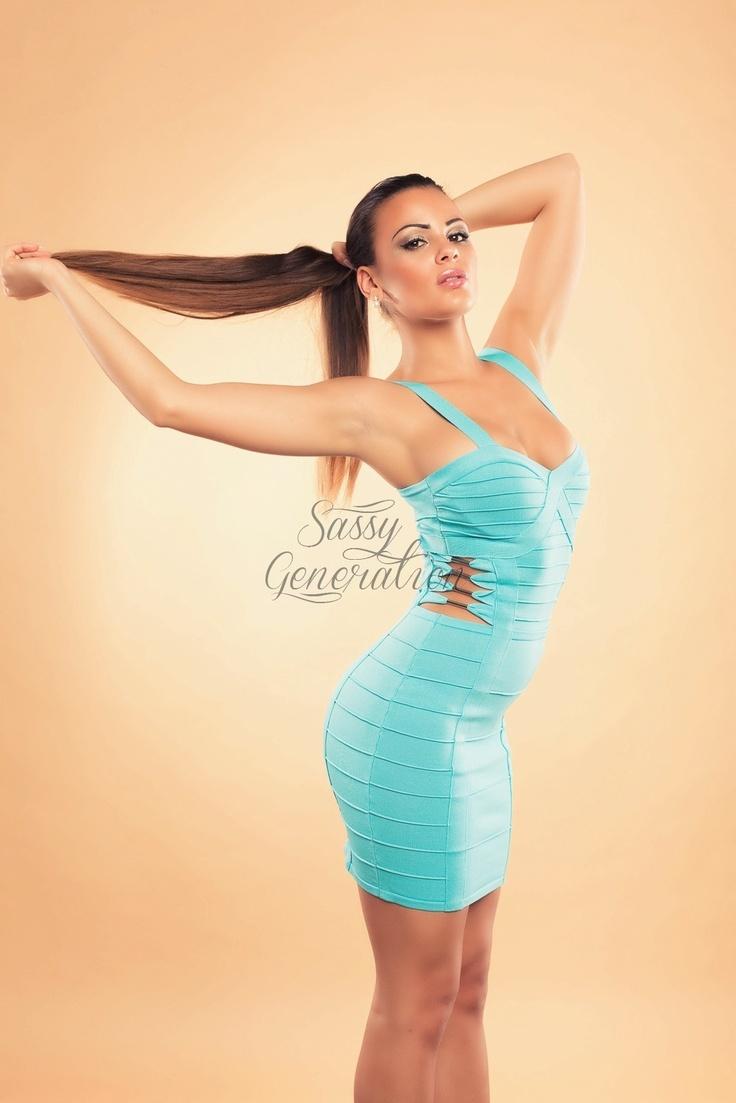 http://www.sassygeneration.sk/59-sexy-bandazove-saty-s-efektnymi-prestrihmi-na-bokoch.html#.UMCEIoP8JiE