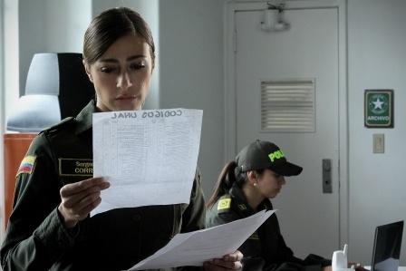 Verónica Orozco es la Sargento Fanny en Sanandresito
