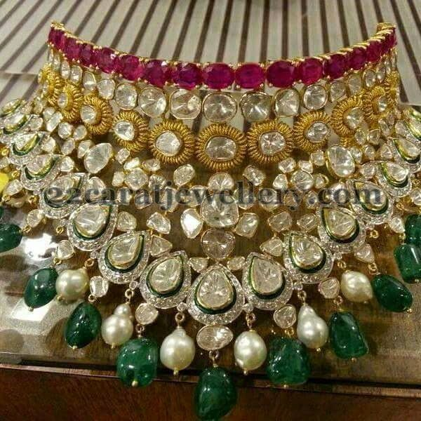 Jewellery Designs: Polki Pachi Bridal Neck Piece